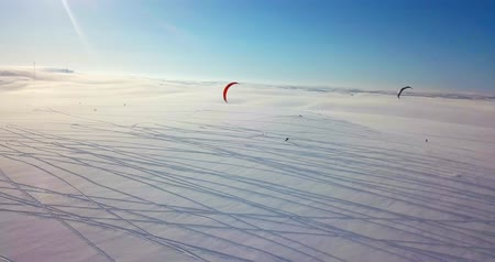adrenalin : Snowkiting in the North
