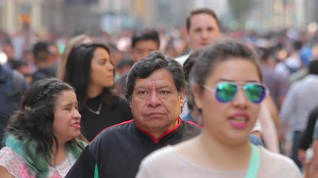 Mexico City, Mexico-CIRCA June,2017 : Crowd walking through street. In Mexico the populatIon growing is a public problem due the high birth rates. Stock mozgókép