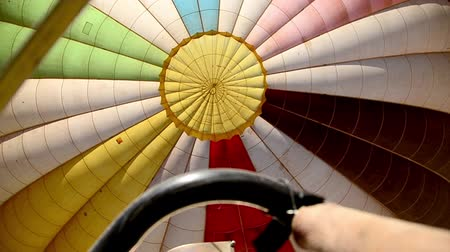 kaland : Hot Air Balloon Inflating Stock mozgókép