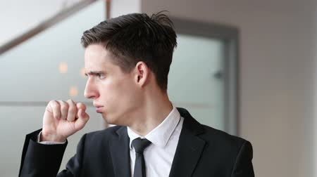 garganta : Cough, Sick Businessman Coughing in Office Stock Footage