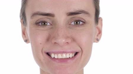 kapatmak : Close Up of Smiling Middle Aged Woman Face, White Background