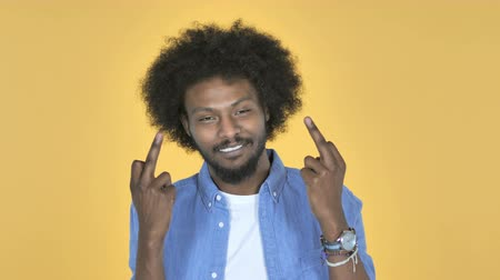 逆境 : Afro-American Man Showing Middle Finger