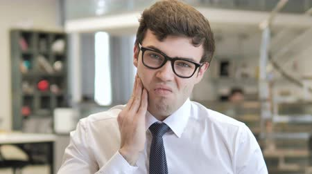 dor de dente : Toothache, Young Businessman with Tooth Infection