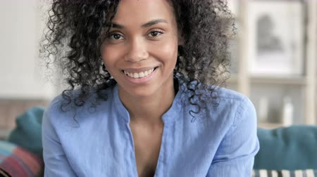 afro americana : Close Up Of A Smiling African Woman Face Stock Footage