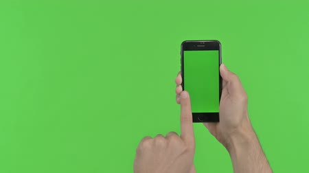 recortar : Scrolling Vertical Smartphone Screen, Green Chroma Key