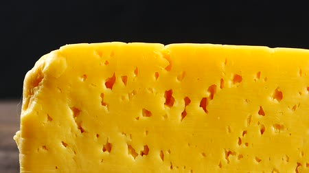 пармезан : piece of cheese