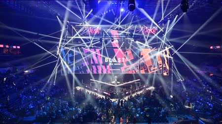 MOSCOW, RUSSIA - 14th SEPTEMBER 2019: esports Counter-Strike: Global Offensive event. Main stage, lightning, illumination, big screen on the opening ceremony. Stok Video