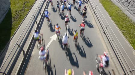 bisiklete binme : HD - Cycling Marathon. Top view Stok Video