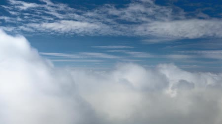 altostratus : HD - Flying in the clouds