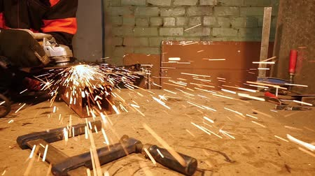 angle grinder : HD - Metalworking. Sparks in slow-mo