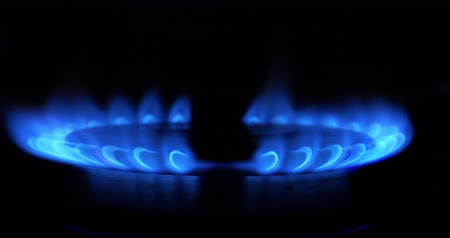 alevler : HD - Slow ignition of a blue flame on gas stove Stok Video