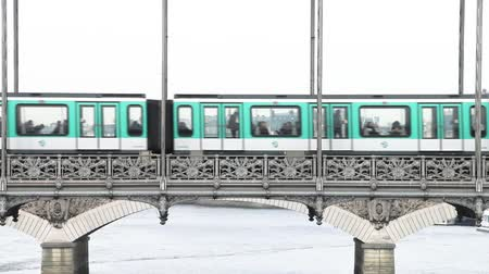 bir hakeim : Paris Metro Underground Subway Train Stock Footage