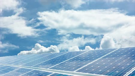 sistemas : Photovoltaic cells. Electricity by solar panels Stock Footage