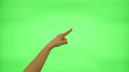 kezek : Female hand gestures on green screen: clapping, thumbs up, pointing, countdown to five, ok, presenting Stock mozgókép
