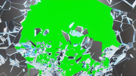 destruído : Abstract broken glass into pieces. Wall of glass shatters into small pieces. Place for your banner, advertisement. Explosion caused the destruction of glass, 4K 3D animation on a green background