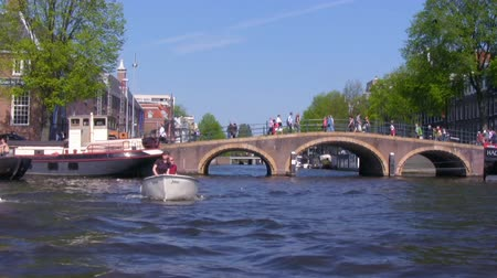 голландский : Canals of Amsterdam - boat trip , Netherlands