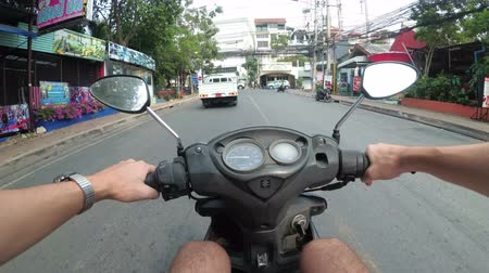 лошадиная сила : Riding on a motorbike along the Asian Road Traffic. Thailand, Pattaya