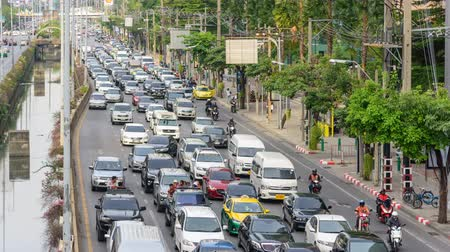 outbound : Bangkok, Thailand -  16 May, 2019 :  Time lapse Traffic jam in Bangkok city in long weekend  outbound traffic in the city before long weekend Stock Footage