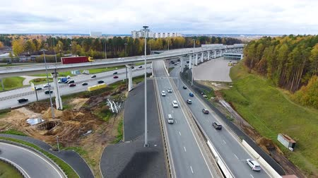 letecký : Drone flies over the road urban junction. Highway in Moscow. Birds eye view.