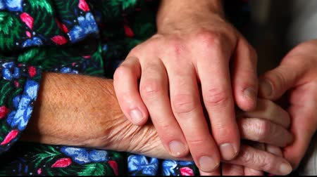konfor : Elderly hands