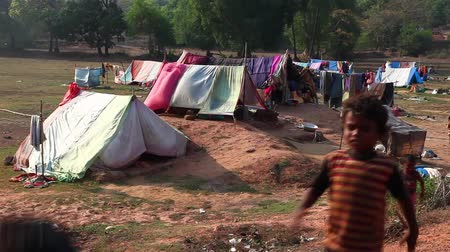 yoksulluk : Poverty in India Stok Video