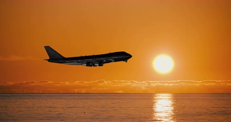 аэробус : Airplane Take Off Silhouette Over The Sea Стоковые видеозаписи