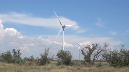 kinetik : Wind power plant generates electricity