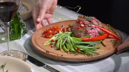 cielęcina : Ready steak served on the table. slow motion