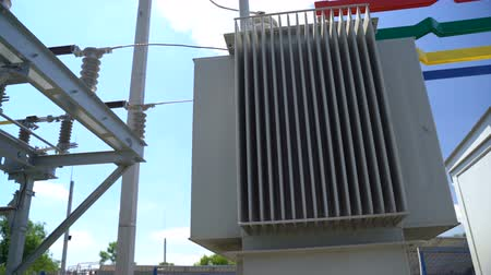 配線 : High voltage transformer equipment in a solar power station