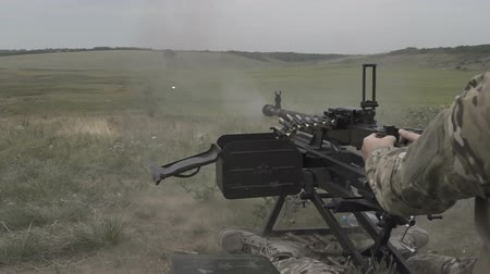 kurşun : Large-caliber machine gun firing range. Slow motion Stok Video