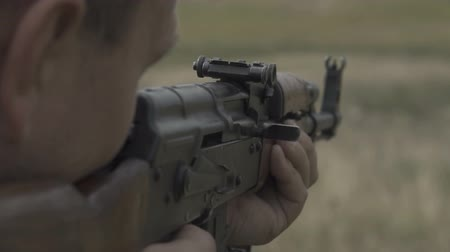 винтовка : Shooting rifle at the training ground. Slow motion