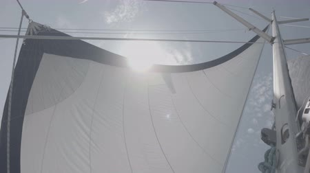 mastro : White sail sways from the wind on a yacht. S-Log3 S-Gamut3 Cine