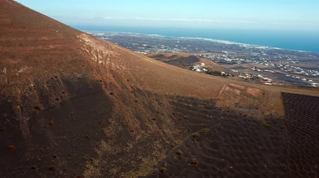 spící : Flying over wine valley of La Geria, Lanzarote, Canary islands, Spain