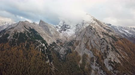 Бавария : Aerial near Watzmann and Hochkalter mountains, Ramsau, Berchtesgaden, Germany