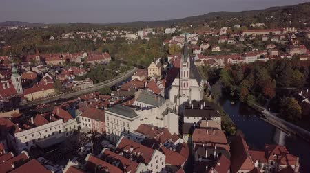 Богемия : Flight over old town Cesky Krumlov, South Bohemia, Czech Republic. Original untouched LOG format. Стоковые видеозаписи
