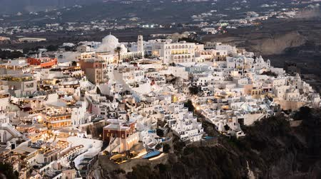 Киклады : Night hyper lapse of Fira (Thira) town, Santorini island, Greece