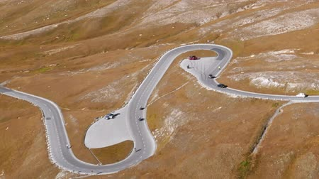 Hyper lapse of Fuscher Torl pass on Grossglockner scenic High Alpine Road, Austria Stok Video