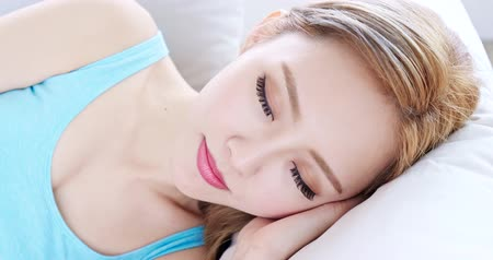 uykulu : woman sleep and feel free on sofa at home