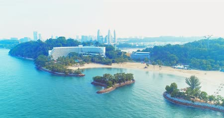 singapur : Sentosa, Singapore - July 23, 2018: aerial view of coastline