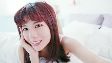 yatarken : Beauty Skin care woman take selfie and smile to you at home