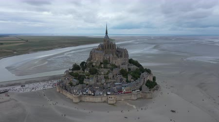 bretagne : Aerial view of Mont Saint Michel, in Normandy, France Stock mozgókép