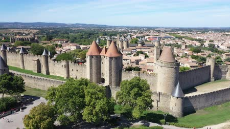 fortificado : Aerial view of Carcassonne medieval city and fortress castle from above, Sourthern France