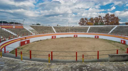 býci : Bullfight ring time lapse with cloudy sky Dostupné videozáznamy