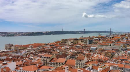süspansiyon : Lisbon roofs timelapse with Tagus river and suspension bridge