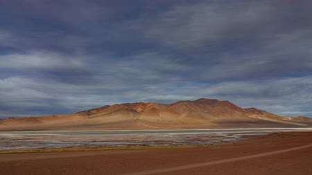 reddish : Pacana crater and salar timelapse in Atacama