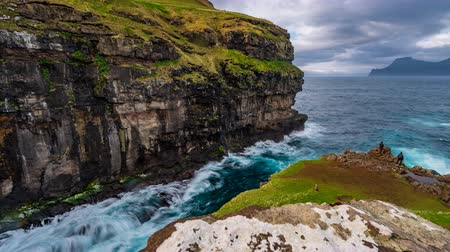 final destination : Gjogv gorge sliding camera time lapse to the ocean in the Faroe Islands