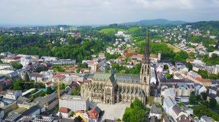 New Cathedral aerial panoramic view. Cathedral of the Immaculate Conception or St. Mary Church is a Roman Catholic cathedral located in Linz, Austria. Stok Video