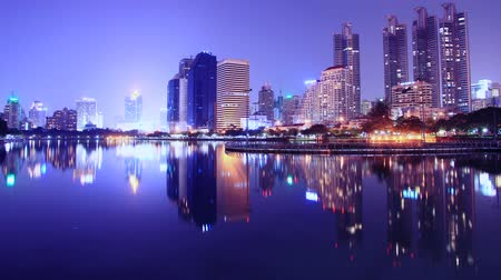 atividades : City at night Bangkok, Thailand with beautiful light.