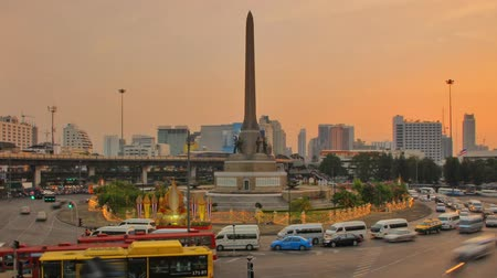 tájak : Victory Monument in Bangkok Thailand