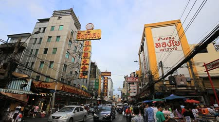 yaowarat road : Bangkok - Thailand, 3 Aug 2019: Yaowarat road is the center of Chinatown in Bangkok